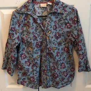 Women's button-up